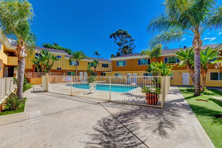 900 Manchester Street, Highland Park Apartments, a 29 unit National City apartment complex sold for $4,675,000