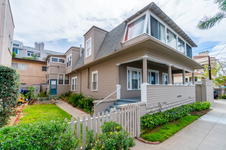 137 Pennsylvania Ave, 4 units in Hillcrest Sold for $1,175,000