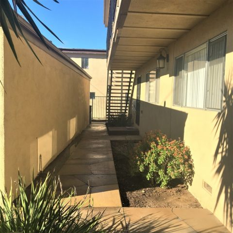 820 Normark Terrace, 4 units in Vista Sold for $1,008,500