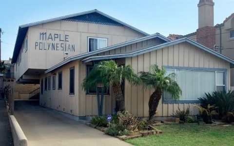 137 Maple Ave, 6 Units in Carlsbad for $2,300,000