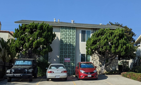 1468 Hornblend Street, 8 Units in Pacific Beach for $2,885,000