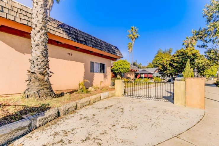 724-734 Vista Village, 5 units in Vista Sold for $991,250